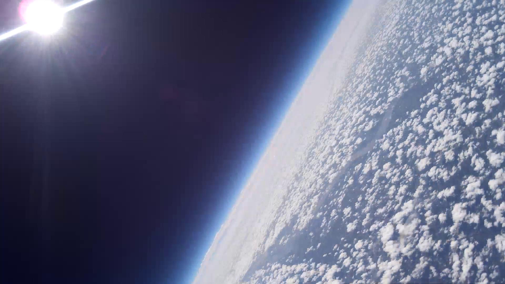 Le Earth